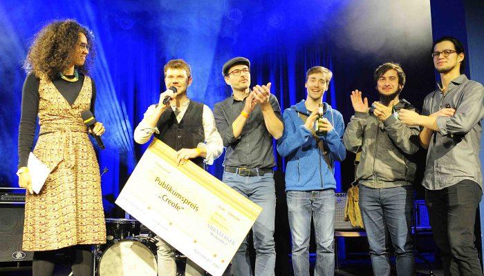 Bühnenmoderatorin Anne Chebu Bandwettbewerb Nürnberg
